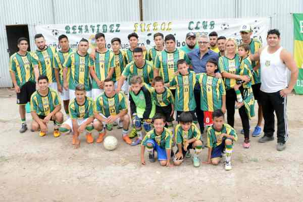 Julio Zamora visitó el Benavídez Fútbol Club