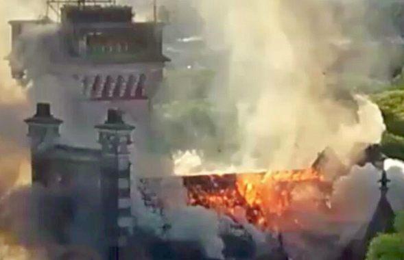 Un voraz incendio afectó al Palacio Otamendi en San Fernando