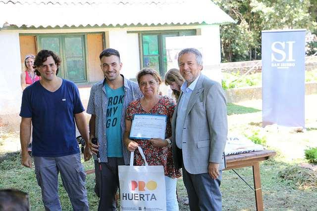 Nuevos egresados del taller de Huerta para Personas con Discapacidad de San Isidro