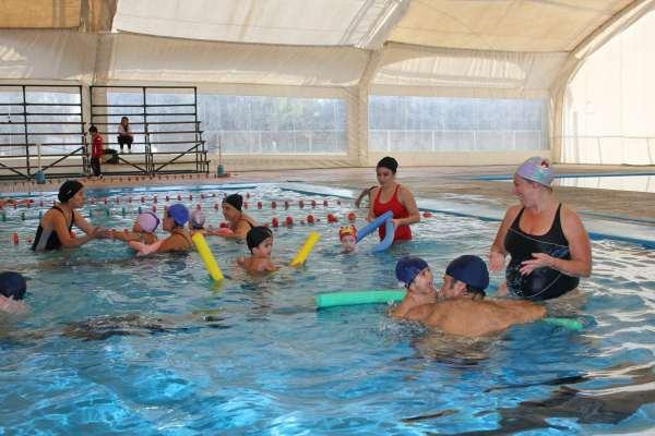 San Isidro abre la inscripción para las escuelas municipales de natación de verano