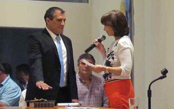 Juraron los nuevos concejales en San Fernando - Ignacio Pérez