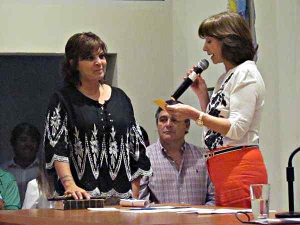 Juraron los nuevos concejales en San Fernand o - Corina Ramírez