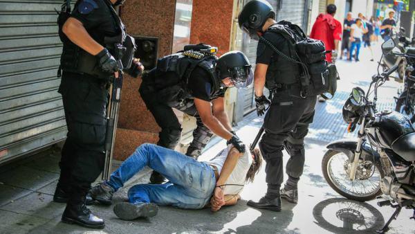 Enérgico repudio del Bloque PJ San Isidro a la represión de trabajadores y manifestantes en el Congreso Nacional