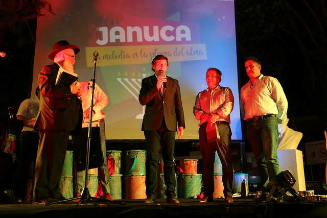 San Isidro celebró Janucá
