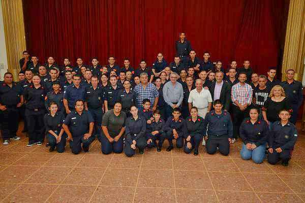 Los bomberos voluntarios de Tigre realizaron su festejo de fin de año