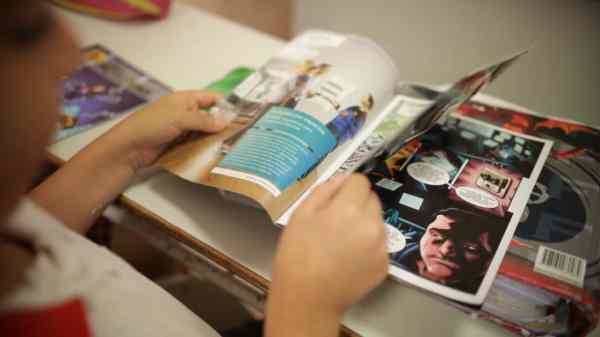 Los chicos de Vicente López aprenden el uso responsable de la energía leyendo comics