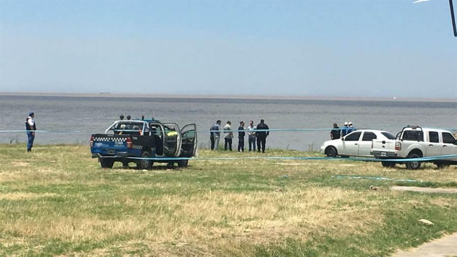 Encuentran el cuerpo de una mujer en la costa de Vicente López