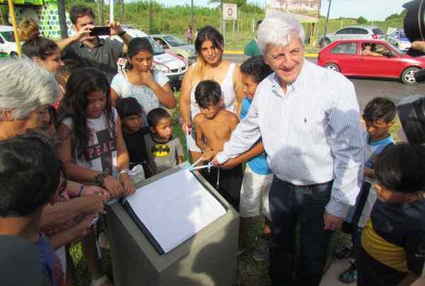 Andreotti inauguró la nueva Plaza Presidente Perón