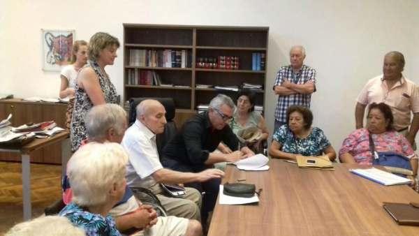 Julio Zamora y 13 centros de jubilados presentaron un amparo contra la reforma jubilatoria