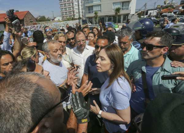 Vidal enfrentó una protesta de guardavidas en Mar del Plata