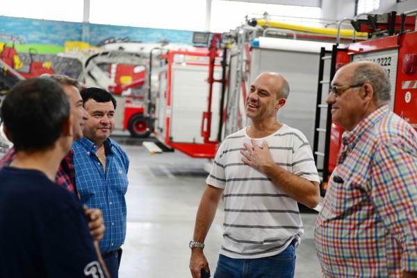 El Presidente del HCD, Santiago Aparicio, festejó junto a los Bomberos en el Nuevo Cuartel.