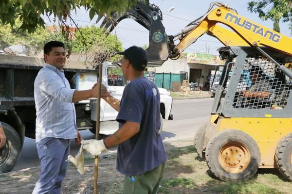 Operativo de limpieza en Pilar Sur.