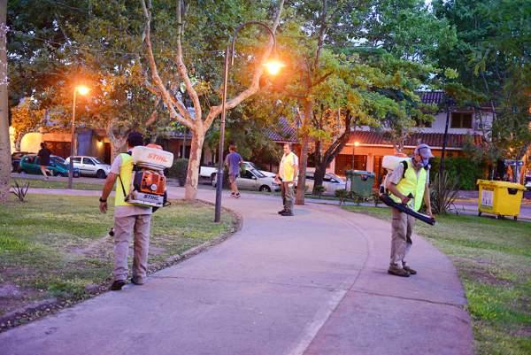 El Municipio realizó una fumigación preventiva de dengue en Victoria.