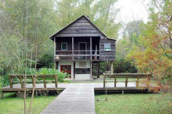 Dos casas museo de escritores para descubrir en el Delta.