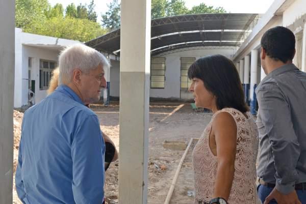 Andreotti supervisó la obra de refacción integral de la Escuela Provincial N° 21.