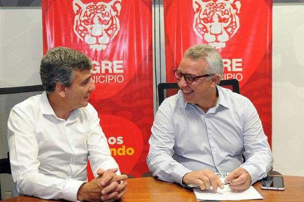 El intendente Julio Zamora recorrió junto a su par Juan Zabaleta las instalaciones del Centro de Operaciones Tigre (COT) para interiorizarlo sobre los avances del modelo de protección ciudadana local