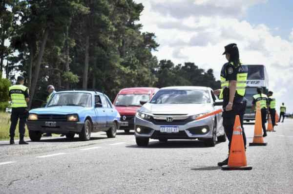 Ya labraron 2700 infracciones de tránsito en las rutas a la Costa en el verano