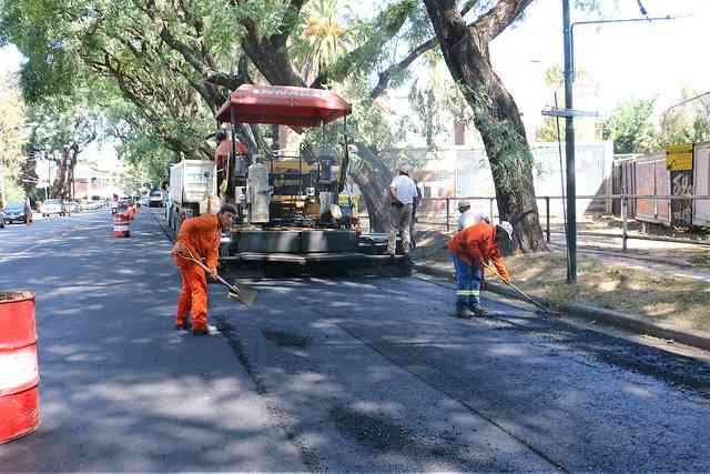 Nuevo asfalto en Av. Del Libertador en Acassuso
