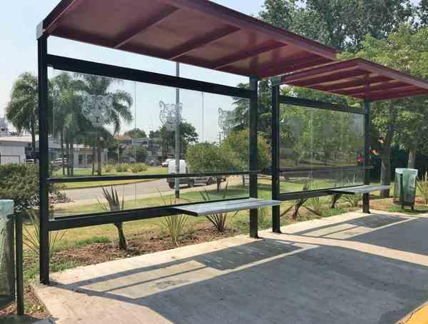 Tigre instaló nuevos refugios en las paradas de colectivos