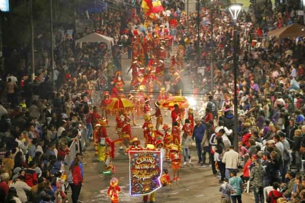 Espectacular cierre de los Carnavales en Pilar.