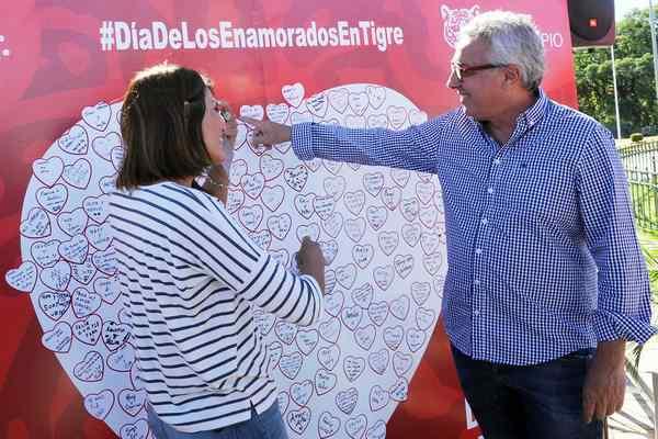 Cientos de parejas compartieron el Día de San Valentín en Tigre