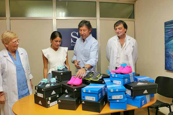 Tini Stoessel visitó el Hospital Materno Infantil de San Isidro