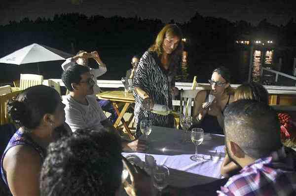 """Otra noche distinta en el Delta de Tigre con """"Vinos y Estrellas"""""""