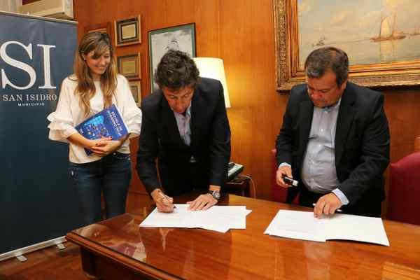 San Isidro y Nación firman convenio para brindar seminarios de capacitación política