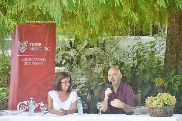Horacio Convertini presentó su nuevo libro en Paseo de los Escritores de Tigre