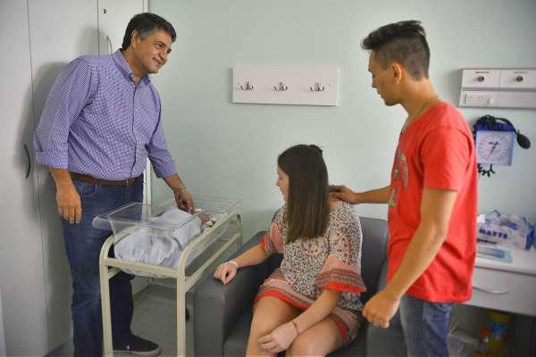 Jorge Macri recorrió la nueva sala de internación de la Maternidad Santa Rosa