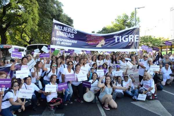 Mujeres Unidas de Tigre marcharon por el 8M
