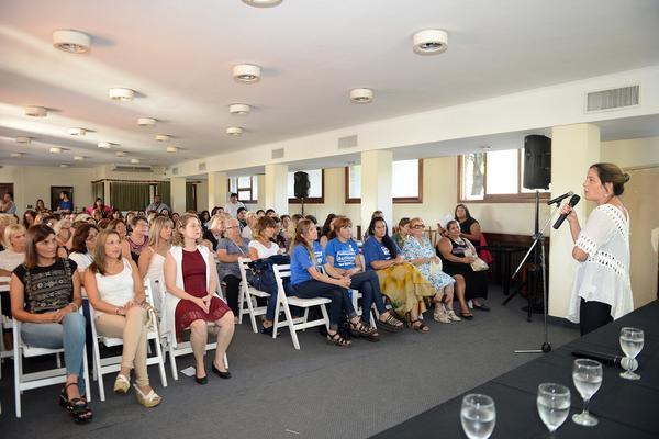 Mujeres de Tigre compartieron sus experiencias en un encuentro