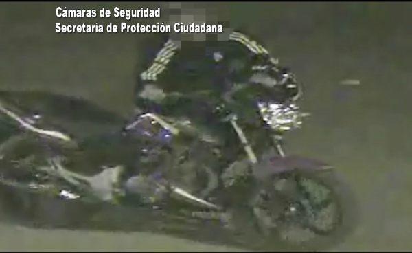Escapaban con una moto robada y fueron detenidos en Tigre