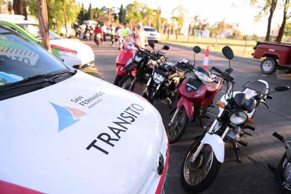 Realizan operativos de intercepción vehicular en todo San Fernando