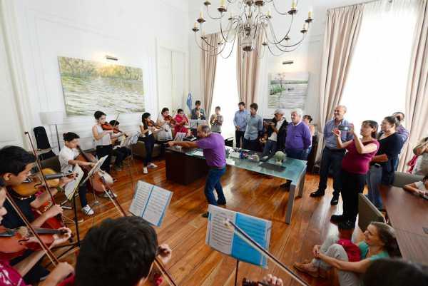 Andreotti recibió a la Orquesta del Centro de Día Acción Social Ecuménica
