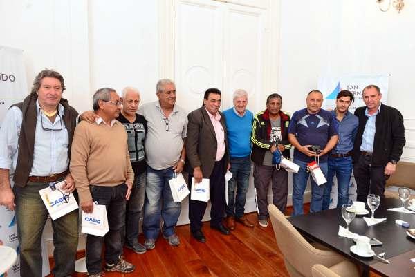 Andreotti distinguió a empleados municipales que se jubilaron