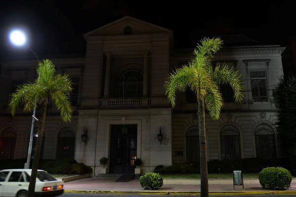 Municipalidad de Tigre a oscuras