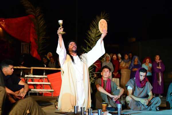 Los sanfernandinos compartieron el Vía Crucis en la Plaza Carlos Gardel