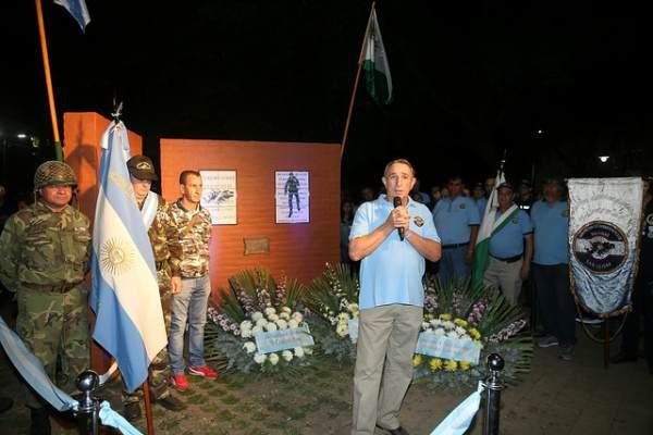San Isidro homenajeó a veteranos y caídos de Malvinas