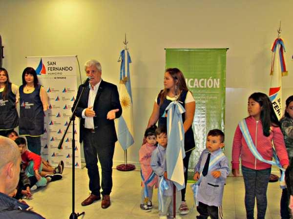 Andreotti inauguró la restauración del Jardín Maternal Don Mariano