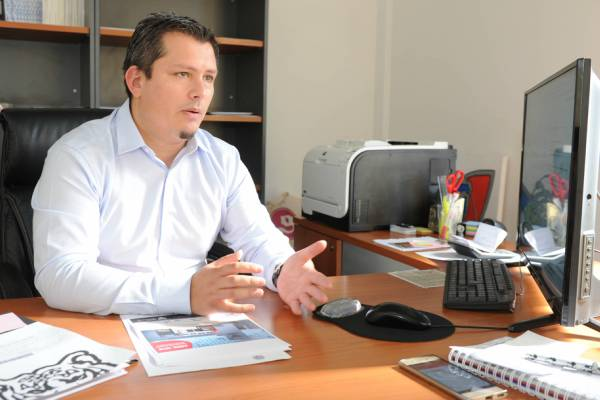ecretario de Participación y Relaciones con la Comunidad del Municipio de Tigre, Emiliano Mansilla