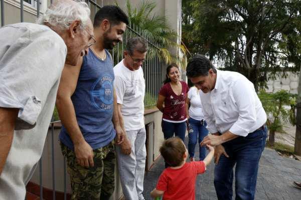 El intendente de Vicente López, Jorge Macri, visitó el fin de obra del Saneamiento Hidráulico del área que rodea a la estación Juan B. Justo del Tren Mitre, en el barrio de Florida
