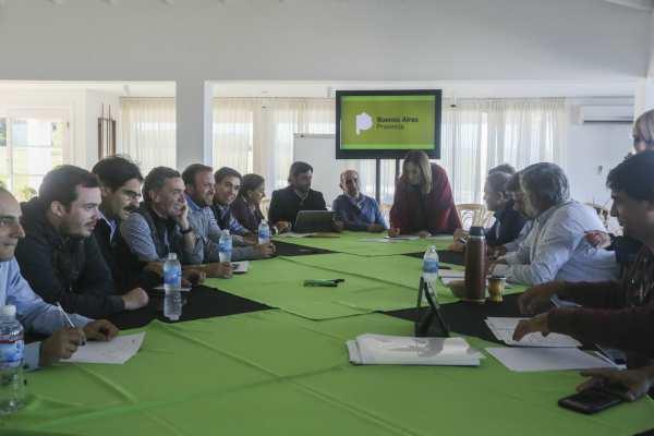El gobierno bonaerense convocó a los docentes a una reunión técnico-salarial el lunes próximo