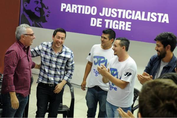 Zamora y Nardini llamaron a los jóvenes a trabajar contra el ajuste y el tarifazo