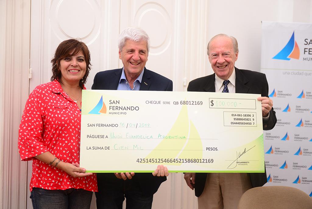 Andreotti asistió a la Unidad Evangélica Argentina en la restauración de su centenario templo