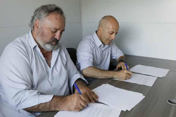 Ducoté y Joaquín de la Torre firmaron un acuerdo para la Innovación Local
