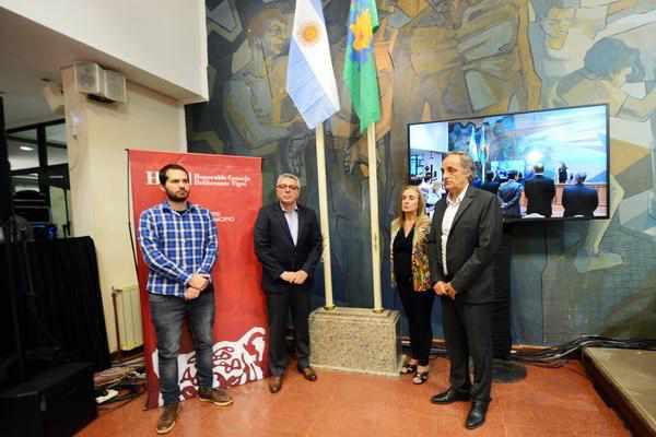 Julio Zamora reclamó al gobierno por tarifas, salud, educación y cloacas