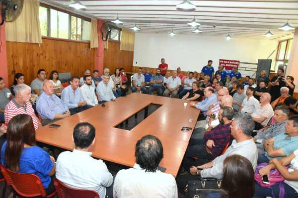 Katopodis convocó a una multisectorial contra el tarifazo en José León Suárez