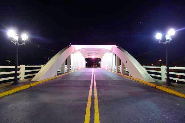 Los vecinos de Tigre disfrutan el renovado Puente Rocha