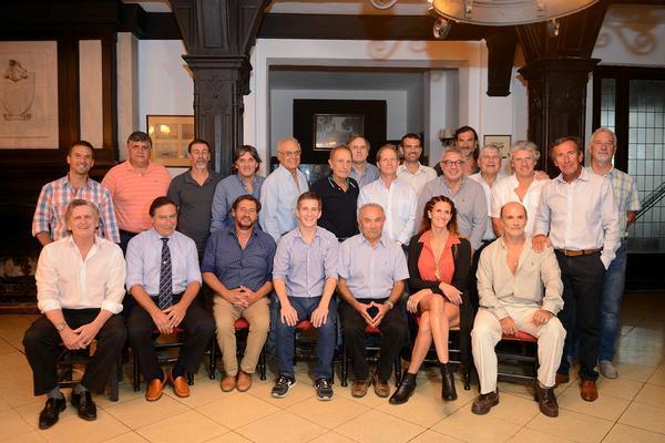 Fue durante un encuentro del que participó el intendente Julio Zamora, junto a representantes de la Federación Argentina de Clubes y Entidades de Remo (FACER) y los presidentes de las instituciones locales.